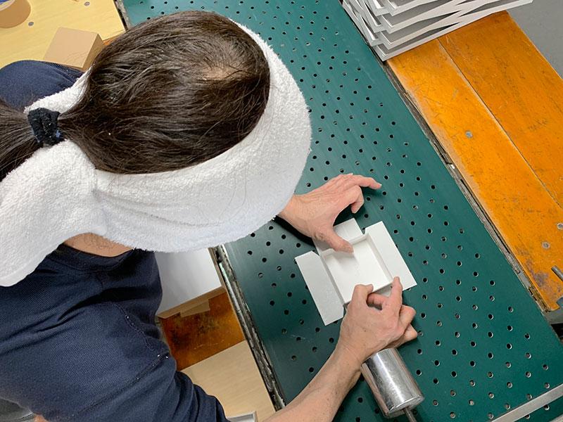新しい紙、厚みの選択の決め手はどう仕上げたいか。貼り箱、ギフトボックス、化粧箱