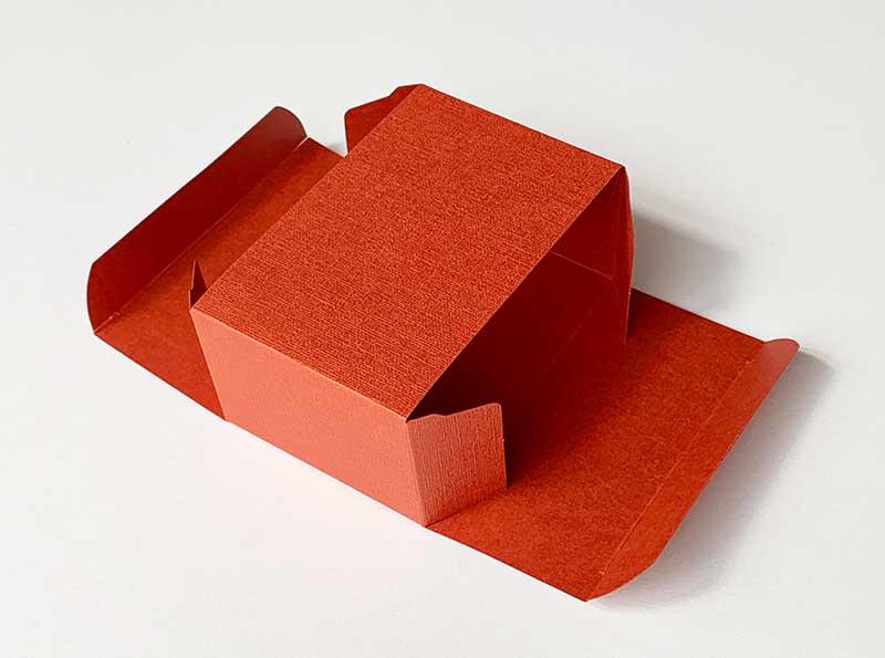 貼り箱の大きさは内寸法が基準です、外寸法