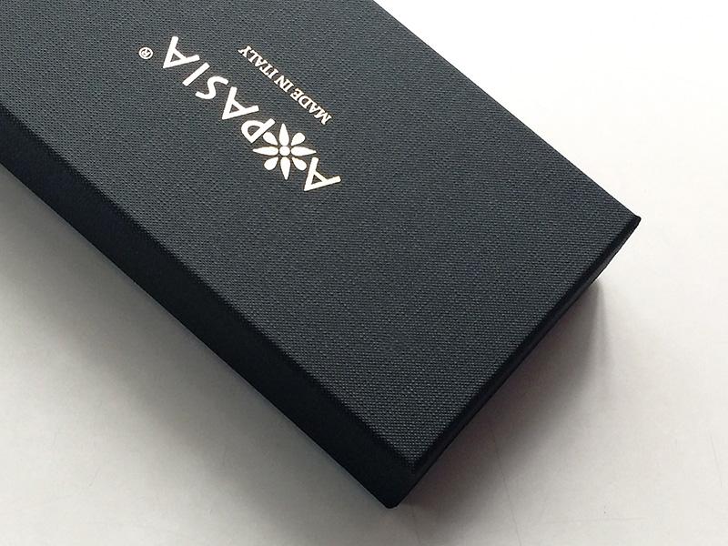 ブランド価値を伝えるパッケージ、貼り箱、CMFデザインパッケージ、人間中心設計(HCD)、UXデザイン、ブランドストーリー