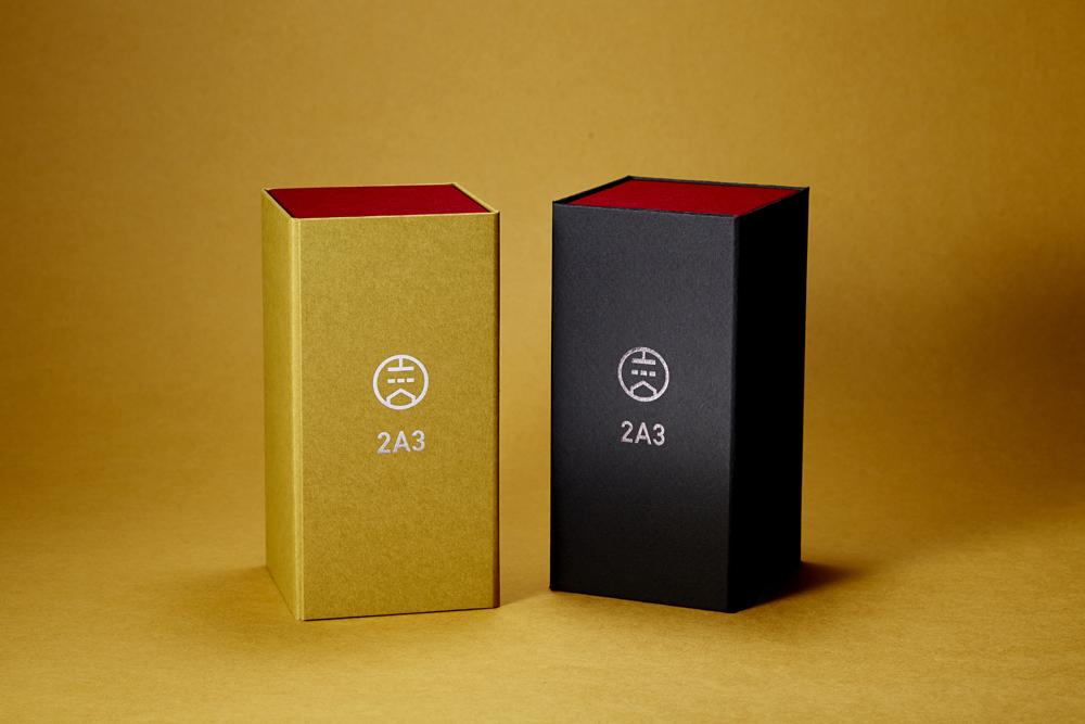 透明感と艶のあるアナログな音に共感する女性たちへの真空管ギフトパッケージ。貼り箱、人間中心設計(HCD)、CMFデザイン、UX、ブランドストーリー、バリュープロポジション