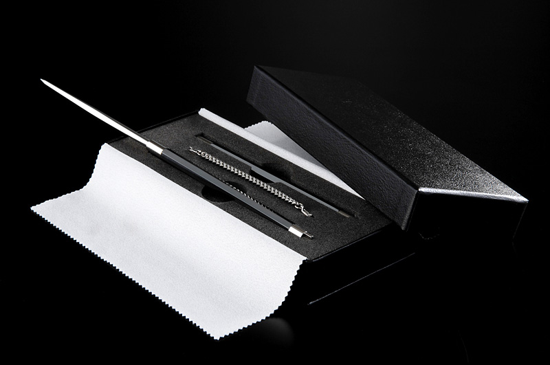 CHOPSTICKSパッケージ(貼箱)CMFデザイン 写真提供:株式会社ゼペッツデザイン様