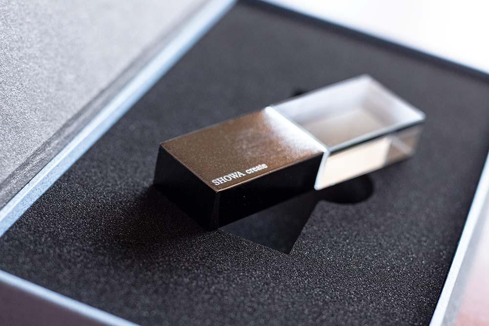 USBメモリケース、パッケージ、貼り箱、化粧箱、大切な思い出を残す、ブランディング、ブライダルムービー、ウェディングムービー、映像制作、データ保存