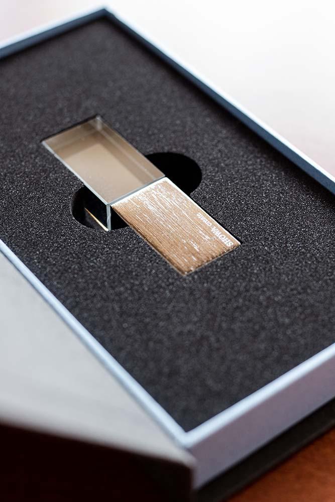 USBメモリケース、パッケージ、貼り箱、化粧箱、大切な思い出を残す、ブランディング