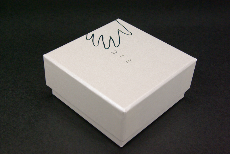 アクセサリー・パッケージ貼り箱
