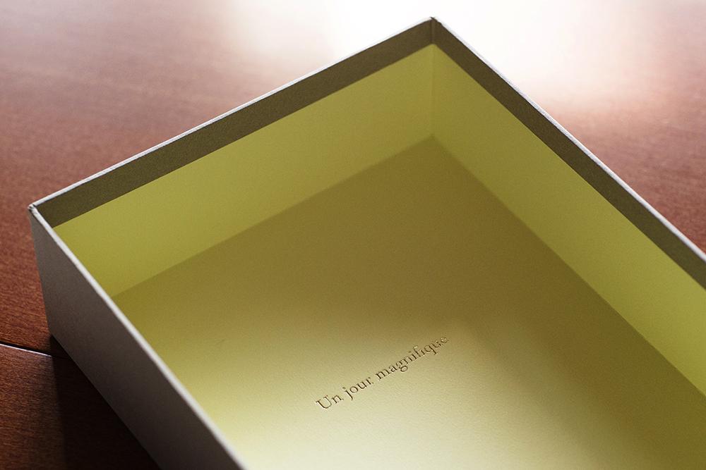バッグチャームのギフトボックス/貼り箱