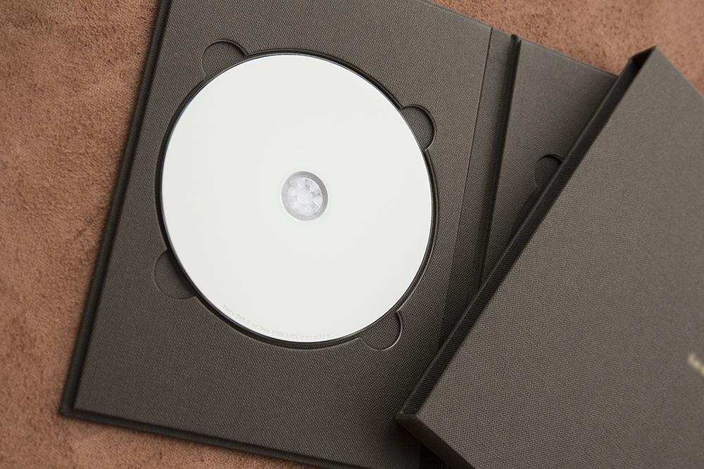 ハンドメイドで丁寧につくるDVD紙製ケース