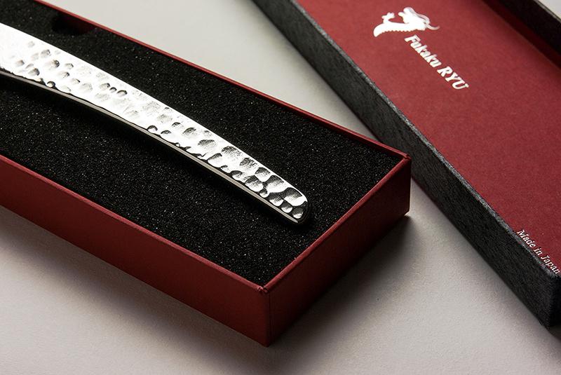 このナイフにふさわしいパッケージを!ステーキナイフ・パッケージ、貼箱