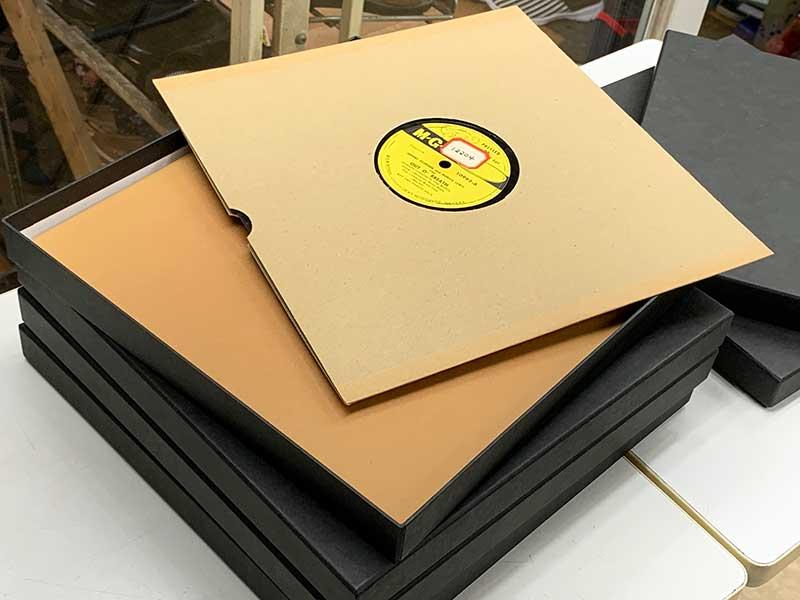 レコード収納に便利な保管箱、ボックス、貼り箱、紙箱